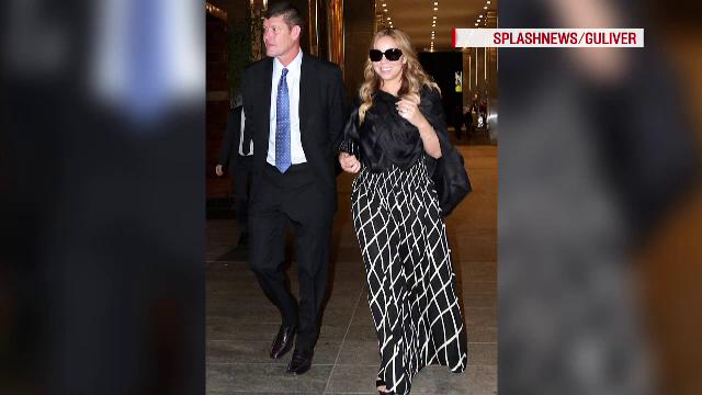 Mariah Carey s-a logodit cu miliardarul australian James Packer. Cat a costat inelul de 36 de karate