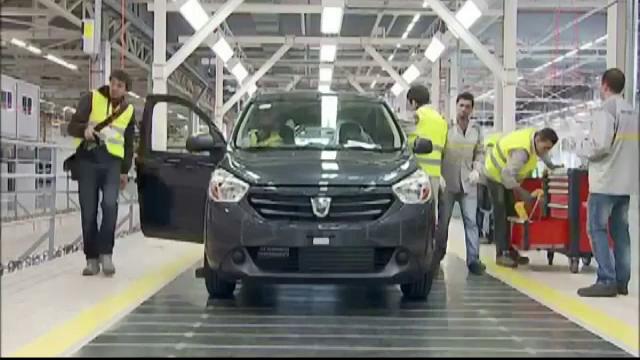Gerul din Romania i-a trimis in somaj tehnic pe angajatii de la uzina Renault din Algeria. Anuntul facut de companie