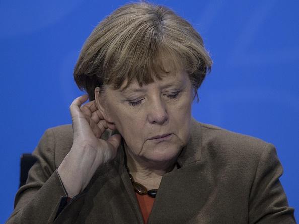 Angela Merkel a admis ca in Europa au fost introdusi ''teroristi'' in mod clandestin odata cu refugiatii