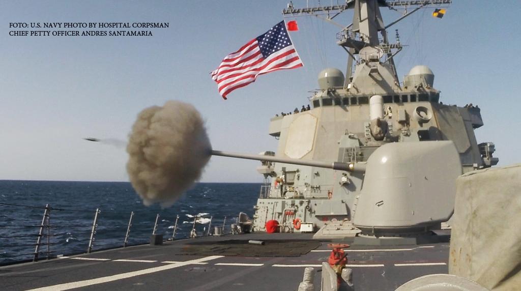 Un distrugator american a intrat INTENTIONAT in apele unei insule revendicate de China. Reactia dura a Beijingului