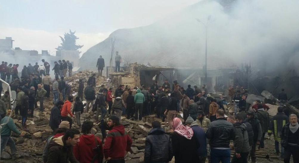Cel putin 43 persoane, in majoritate civili, au fost ucise sambata in explozia unui vehicul-capcana la Azaz