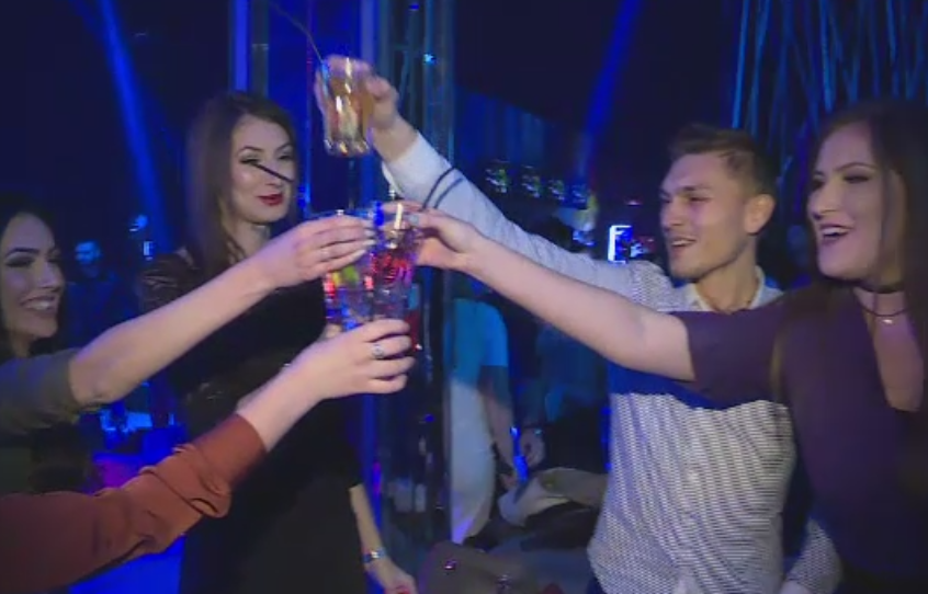 Petreceri de Sfantul Ion in cluburile din Capitala. Sarbatoritii au petrecut pana in zori