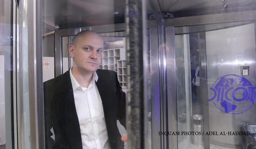 Sebastian Ghita nu scapa de mandatul de arestare si va pierde si cautiunea de 13 mil. euro. Familia NU l-a dat disparut