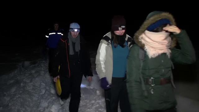 Doua turiste, dintre care una din Austria, s-au ratacit in zona Paltinis. Risc de gradul 4 de avalansa in Muntii Fagaras