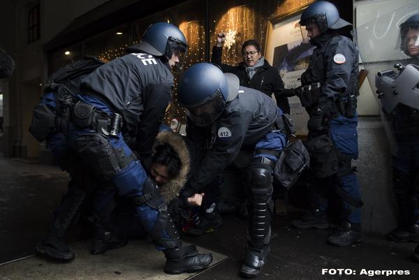 Un avocat care apara drepturile omului spune cum a fost torturat intr-o inchisoare secreta din China: