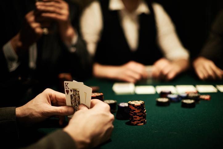 Dependenţa de jocuri de noroc, eliminată cu un spray nazal