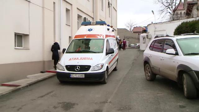 19 elevi din Prahova, evaluați medical, după ce s-ar fi intoxicat cu monoxid de carbon la școală
