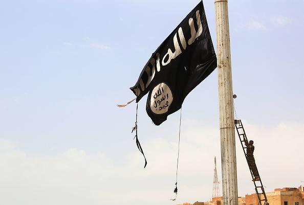Turcoaică condamnată la moarte prin spânzurare, în Irak, pentru că s-a alăturat Statului Islamic