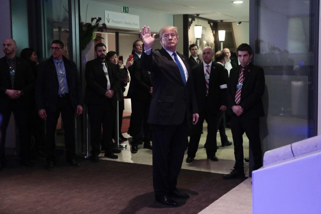 """Summit-ul de la Davos. Trump a fost ironizat, iar Macron a vorbit despre """"Europa cu 2 viteze"""""""