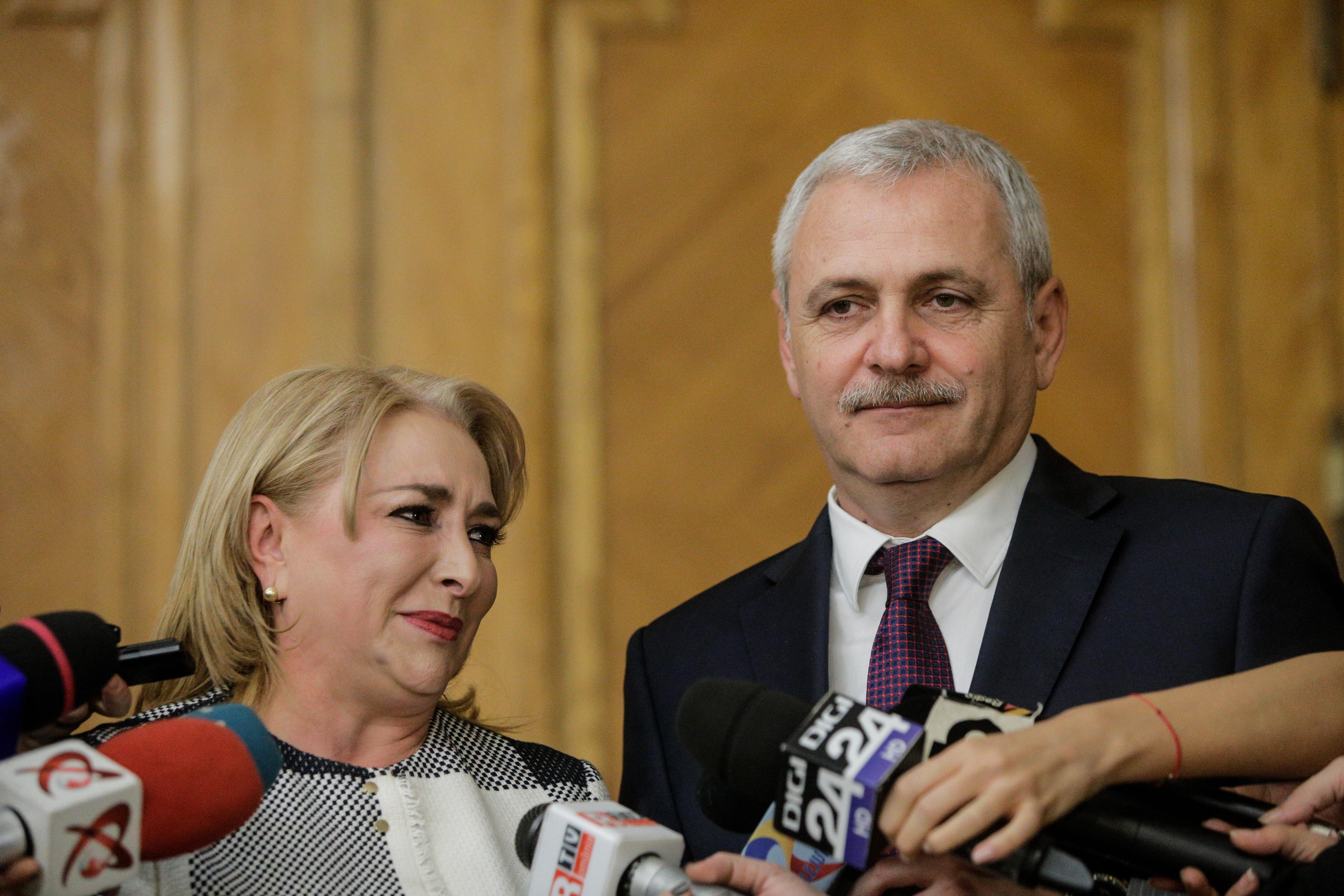 Dragnea: Este strict decizia premierului şi a Guvernului dacă Darius Vâlcov rămâne acolo