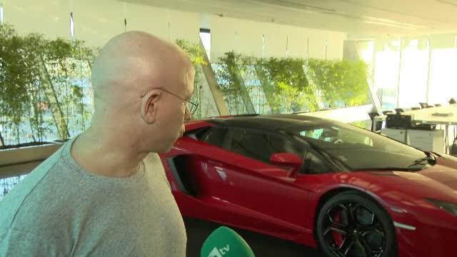 Bulgarii cu mașini scumpe, verificați de Fisc. Explicațiile date pentru Ferrari și limuzine