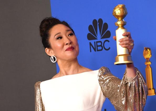 Moment emoționant la Globurile de Aur. Sandra Oh, ovaționată de părinții ei