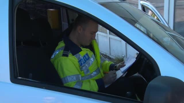 Un român a fost depistat în trafic cu un permis fals. Cât ar fi plătit pentru el