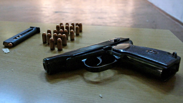 Poliţistul care s-a împuşcat în cap în Caracal a murit la Craiova