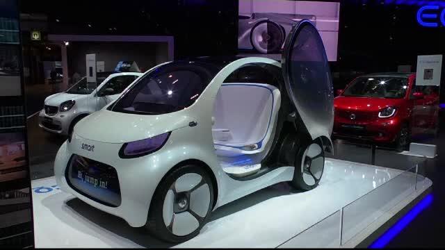 Mașini electrice care îți știu numele, la salonul auto de la Bruxelles