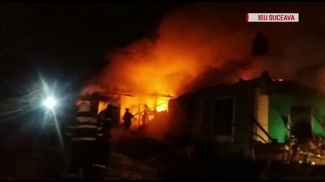 Incendiile din Suceava au făcut două victime: un bărbat a murit intoxicat, iar o femeie a făcut atac de cord