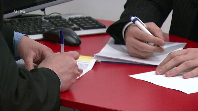 Un lider sindical anunță concedieri masive în băncile din România. Care este cauza