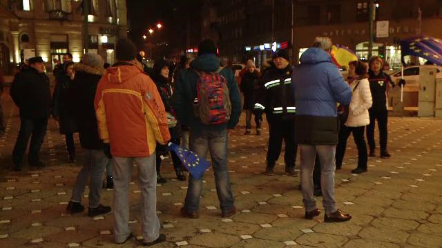 Peste 50 de timișoreni au ieșit în stradă împotriva Ordonanței de amnistie și grațiere
