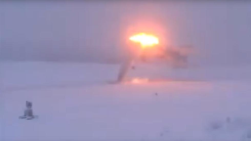 Momentul in care un bombardier rusesc supersonic s-a prabusit, filmat. VIDEO