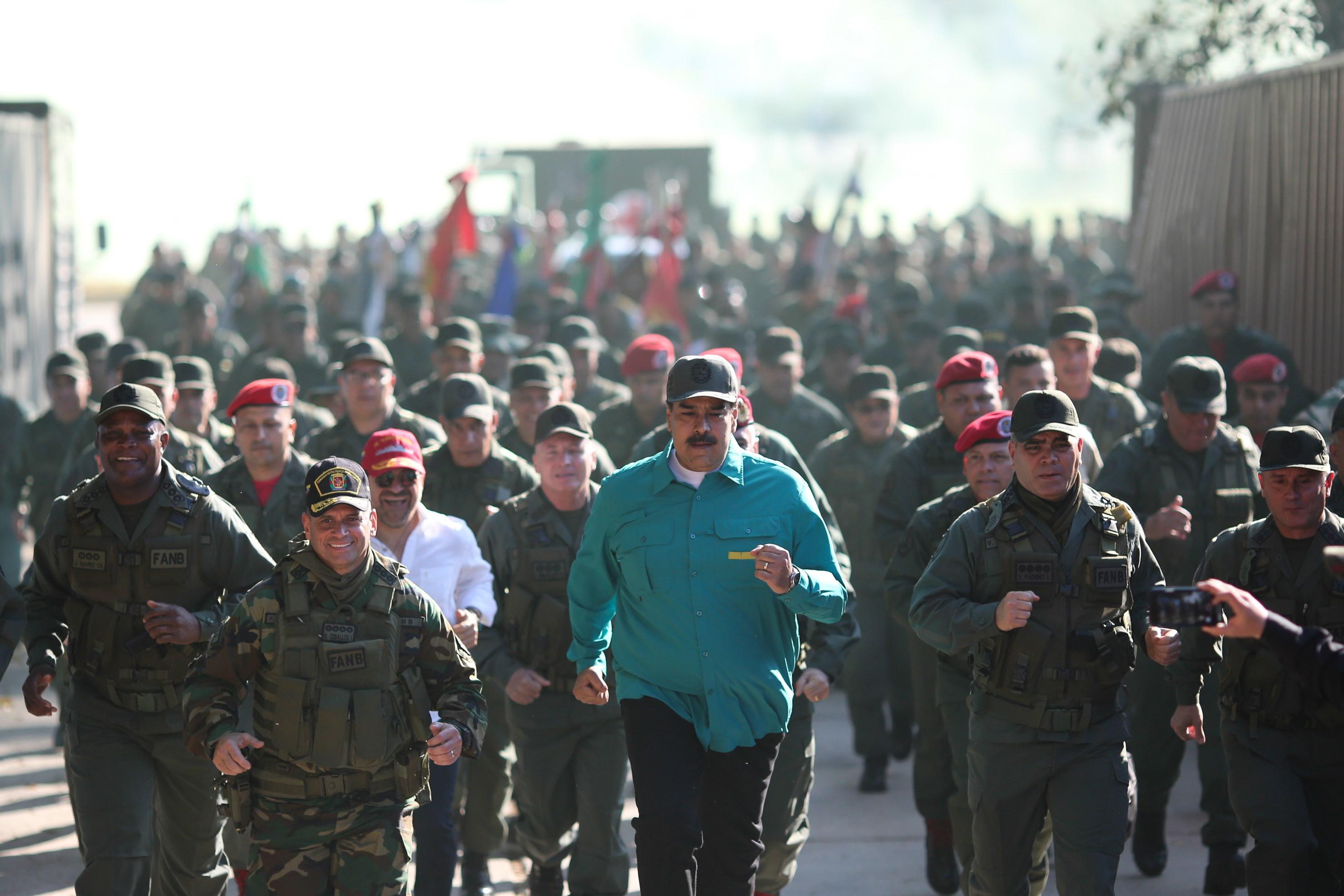 Maduro a plătit mercenari ruși să îl protejeze. Aceștia au activat în Ucraina și Siria