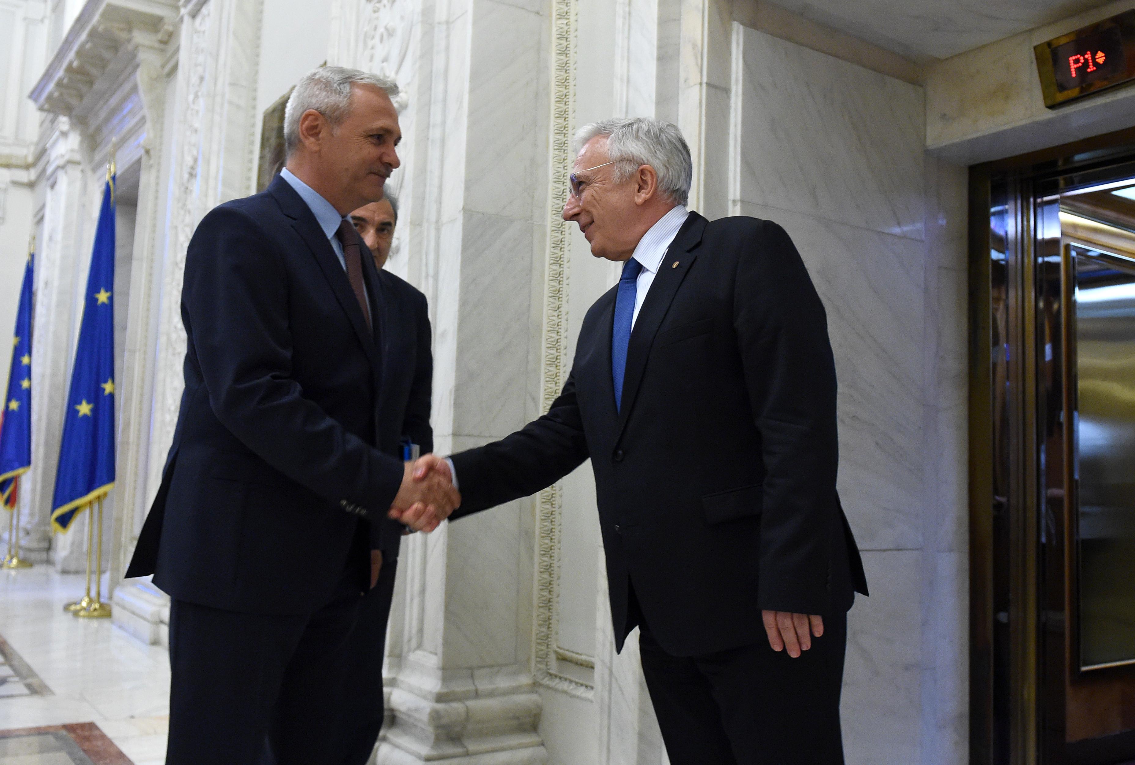 Daniel Zamfir: Domnul Isărescu este obligat să vină la Comisia economică din Senat