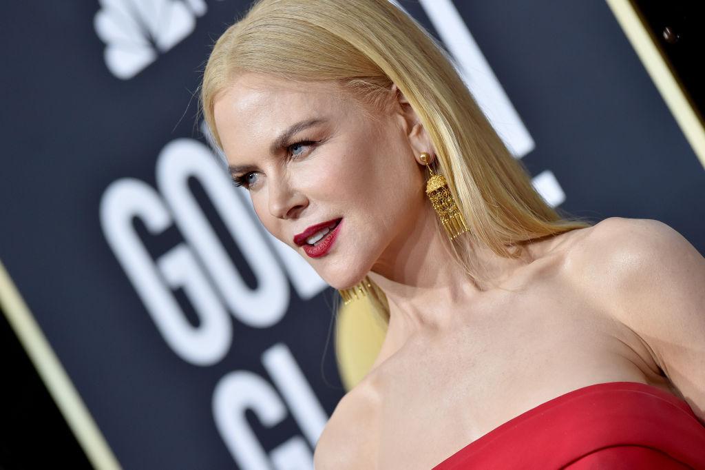 Rochii spectaculoase pe covorul roșu de la Globurile de Aur. JLo a stârnit comentarii