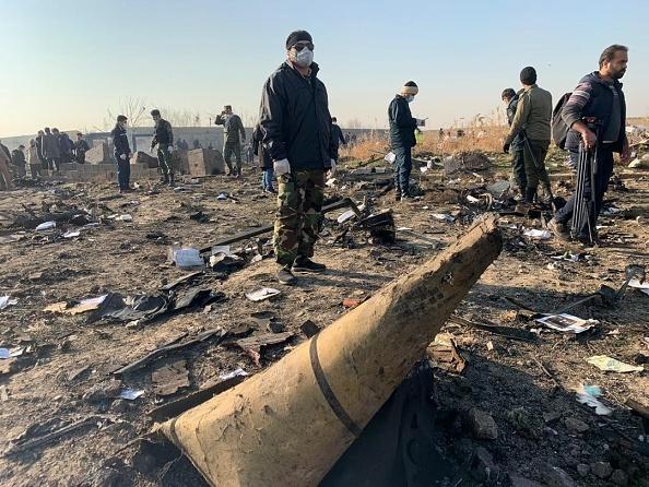 Avion ucrainean prăbușit în Iran. Imaginile filmate înainte de impactul cu solul