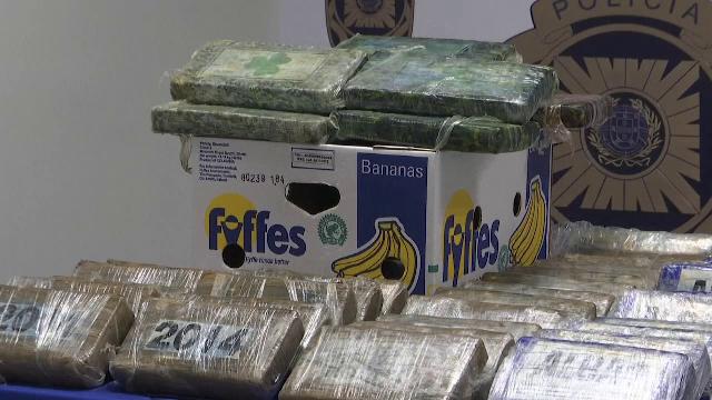 Trei tone de cocaină ascunse printre banane. Drogurile urmau să ajungă în Belgia