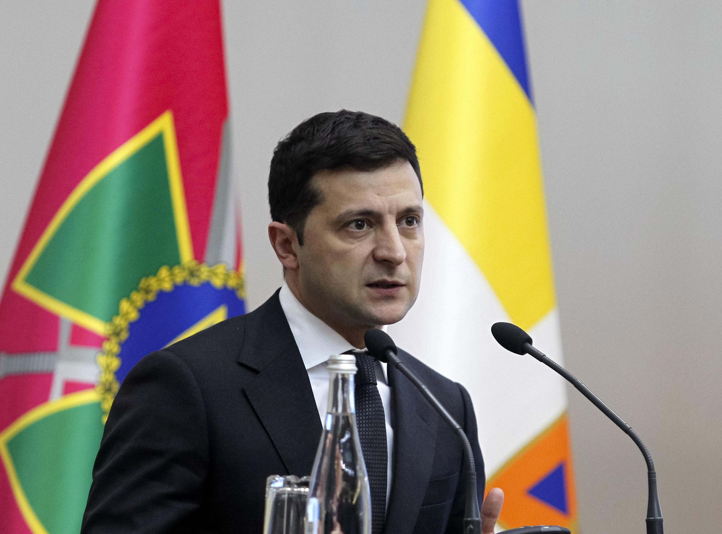 Preşedintele Ucrainei crede că există un ''atac informaţional'' împotriva vaccinului AstraZeneca