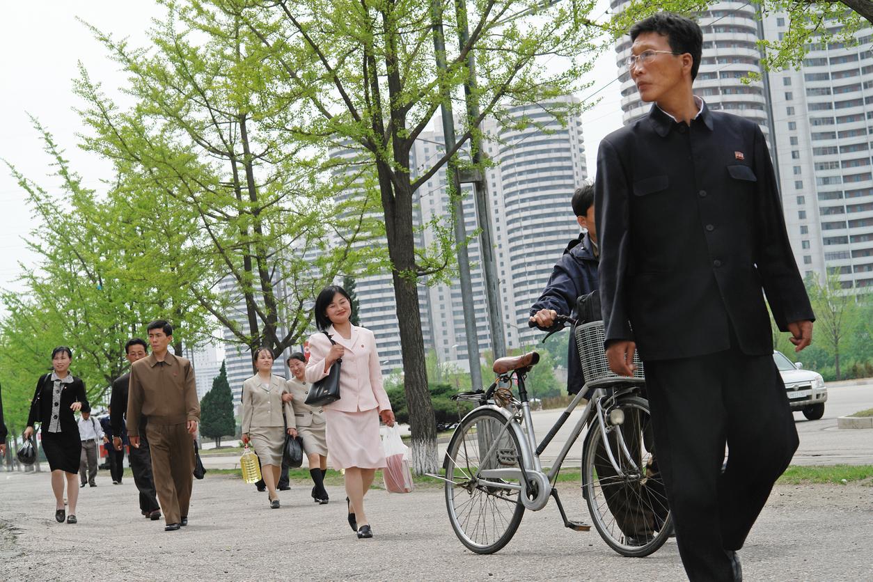 Cuplu de nord coreeni, arestat pentru că făcea produse de patiserie