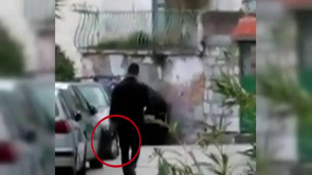 Trei bicicliști croați au fost uciși cu mitraliera de un marinar. Pe cine încerca să ucidă