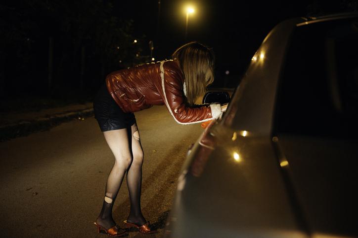 O prostituată din Cernavodă a strâns 987 de amenzi în 7 ani. Suma uriașă pe care o datorează statului