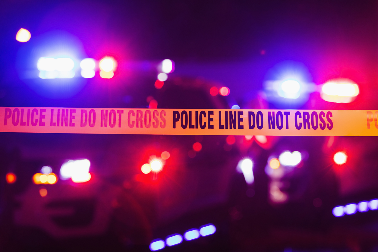 Caz șocant în SUA. Un bărbat a fost împușcat mortal în timp ce conducea pe o autostradă