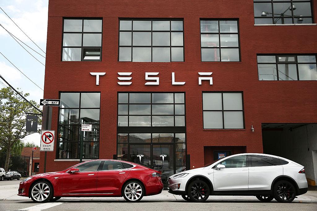 Cum a reușit un fost angajat al Tesla să câștige un proces de 137 de milioane de dolari împotriva companiei lui Elon Musk