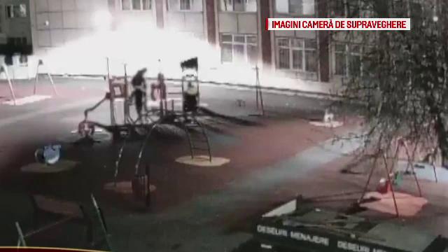 Trei tineri au vandalizat un loc de joacă din Brăila. Cum au fost descoperiți