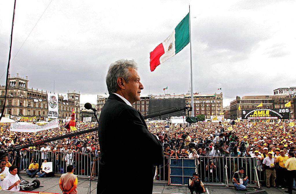 Motivul inedit pentru care președintele Mexicului își dă avionul ca premiu la loto