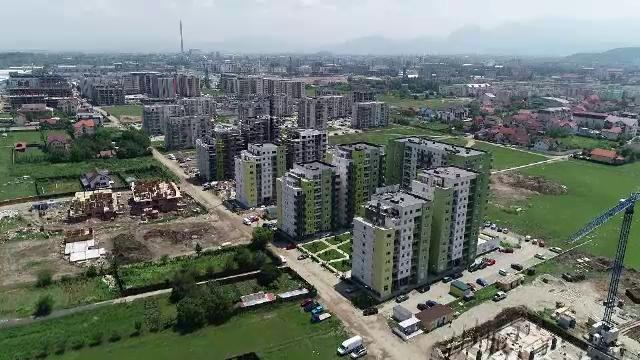 Guvernul a amânat cu un an reducerea TVA pentru locuinţele de până la 140.000 de euro
