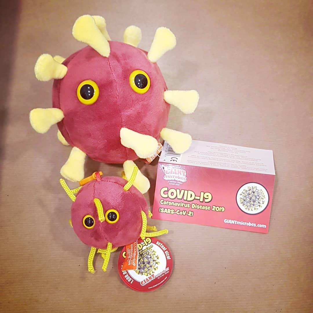 Un coronavirus din pluş, jucăria anului în Spania