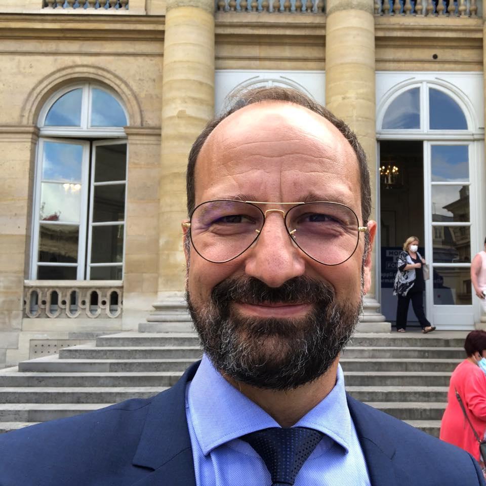Surse: Propunerea PLUS pentru Ministerul Sănătăţii ar putea fi un medic decorat de preşedintele Franței