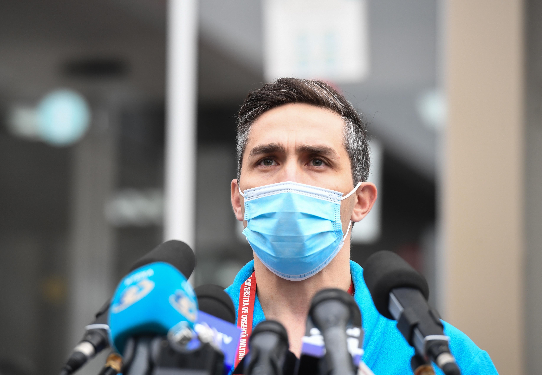 """Valeriu Gheorghiţă: """"Nu este recomandată combinarea a două sau mai multe vaccinuri împotriva COVID-19"""""""