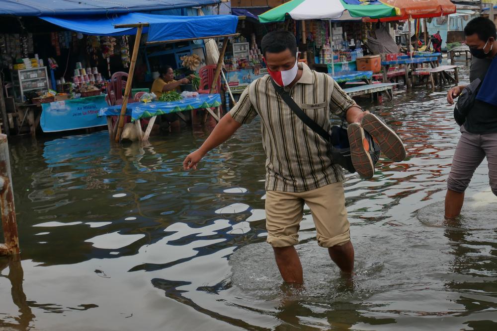 Capitala cu peste 10 milioane de locuitori care se scufundă cu 15 cm pe an