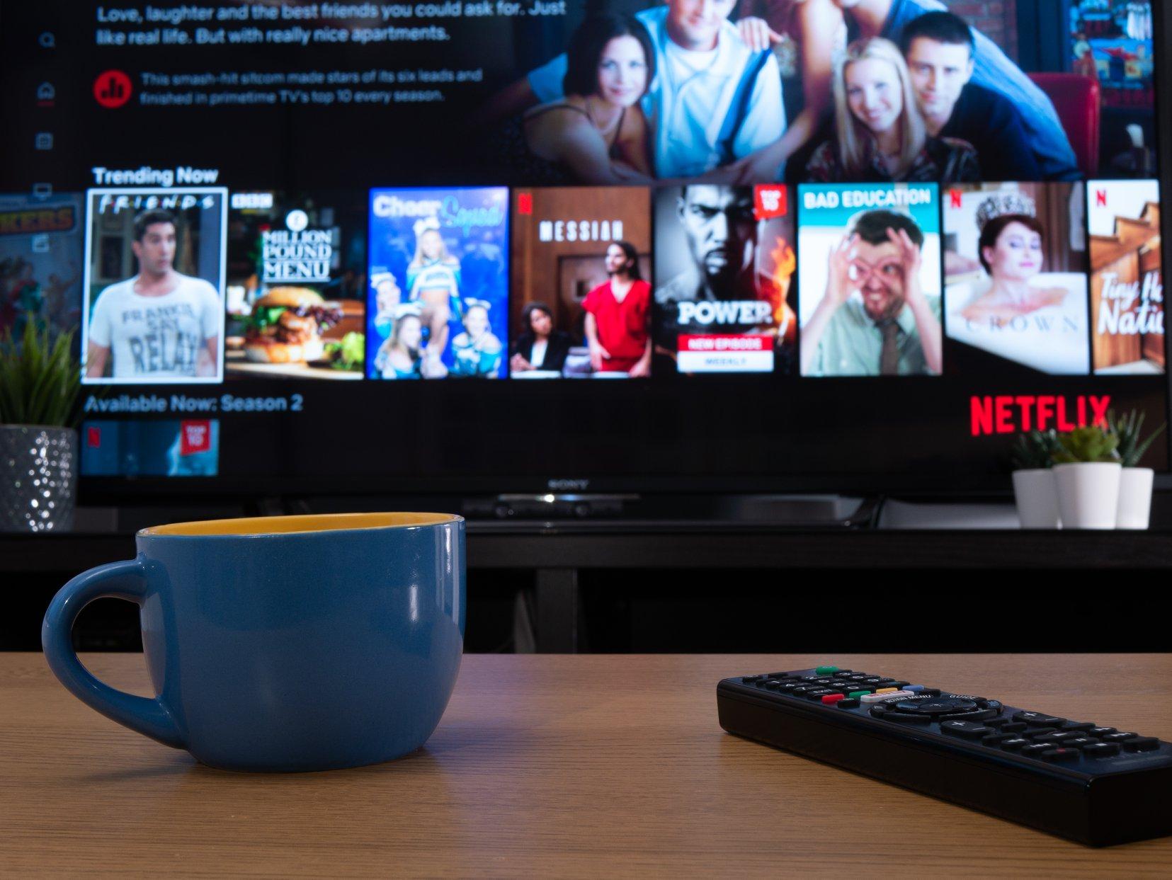 Netflix se scumpeste din februarie. Care sunt noile tarife la abonamente si in ce masura sunt afectati romanii