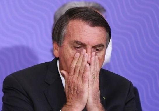 Bolsonaro sugerează că China a creat virusul Covid-19 în laborator pentru a declanșa un război chimic