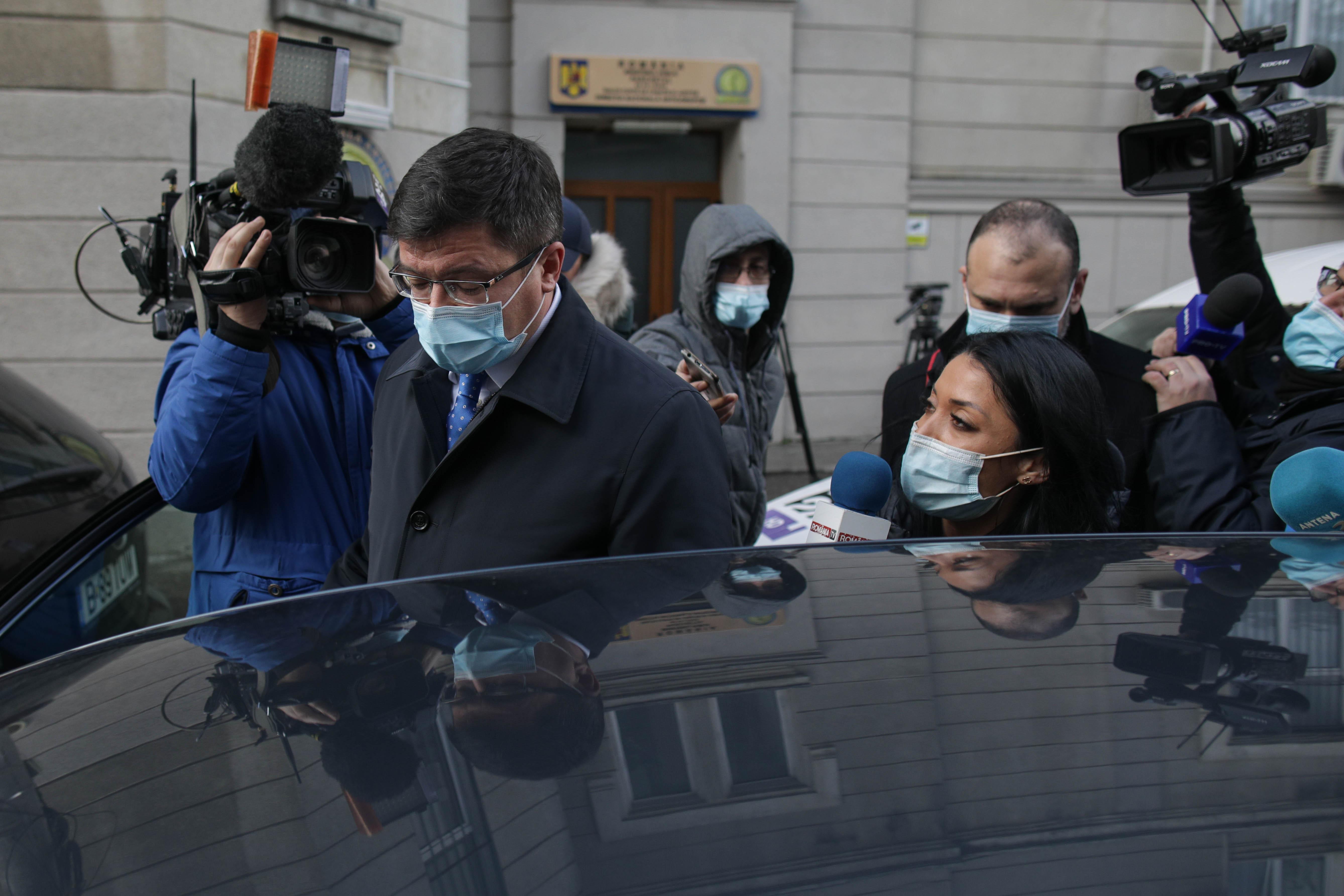 Costel Alexe, inculpat de DNA. De ce este acuzat, ce avere are și ce funcții publice ocupă rudele sale