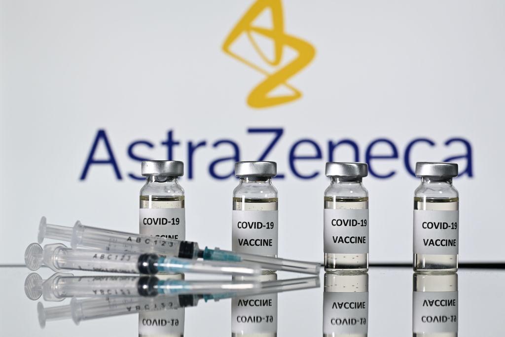 AstraZeneca solicită aprobarea vaccinului său anti-COVID în Uniunea Europeană