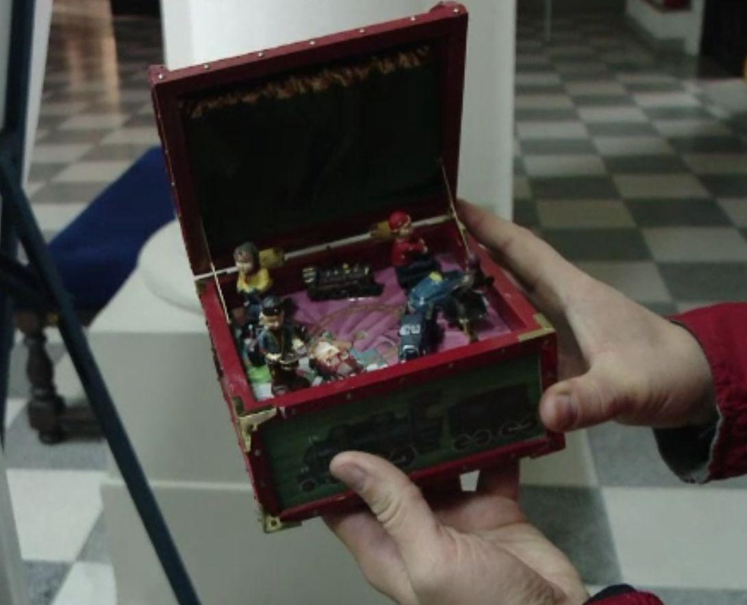Jucării vechi de aproape 100 de ani, expuse la Palatul Culturii din Iași. S-ar putea înfiinţa şi un muzeu