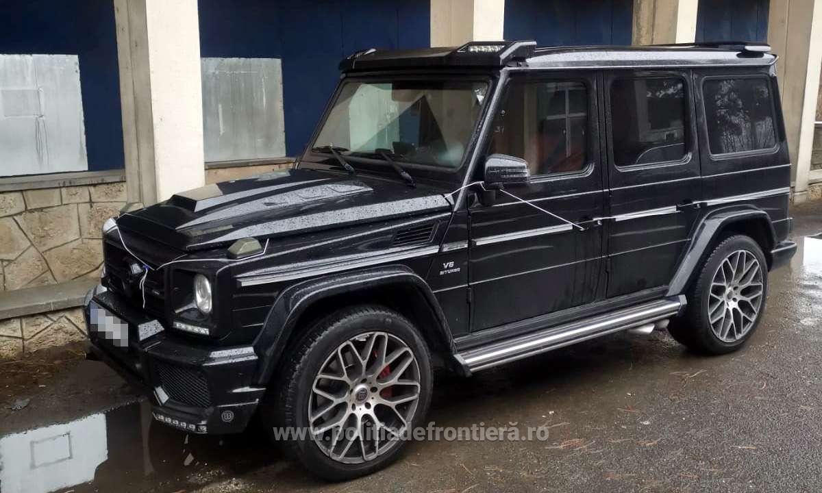 Un bărbat a rămas fără un Mercedes-Benz de aproape 100.000 de euro la granița cu Bulgaria