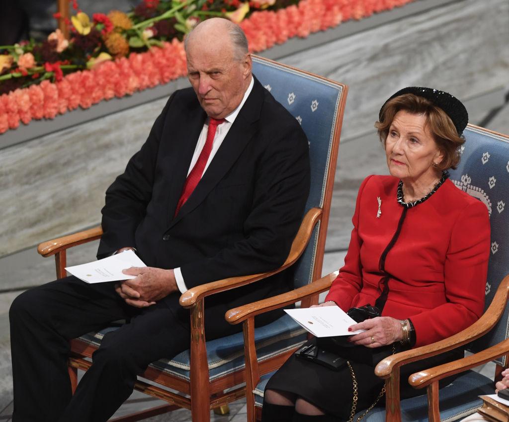 Regii Norvegiei, vaccinați miercuri. Regele Harald al V-lea și Regina Sonja sunt în categoria de risc