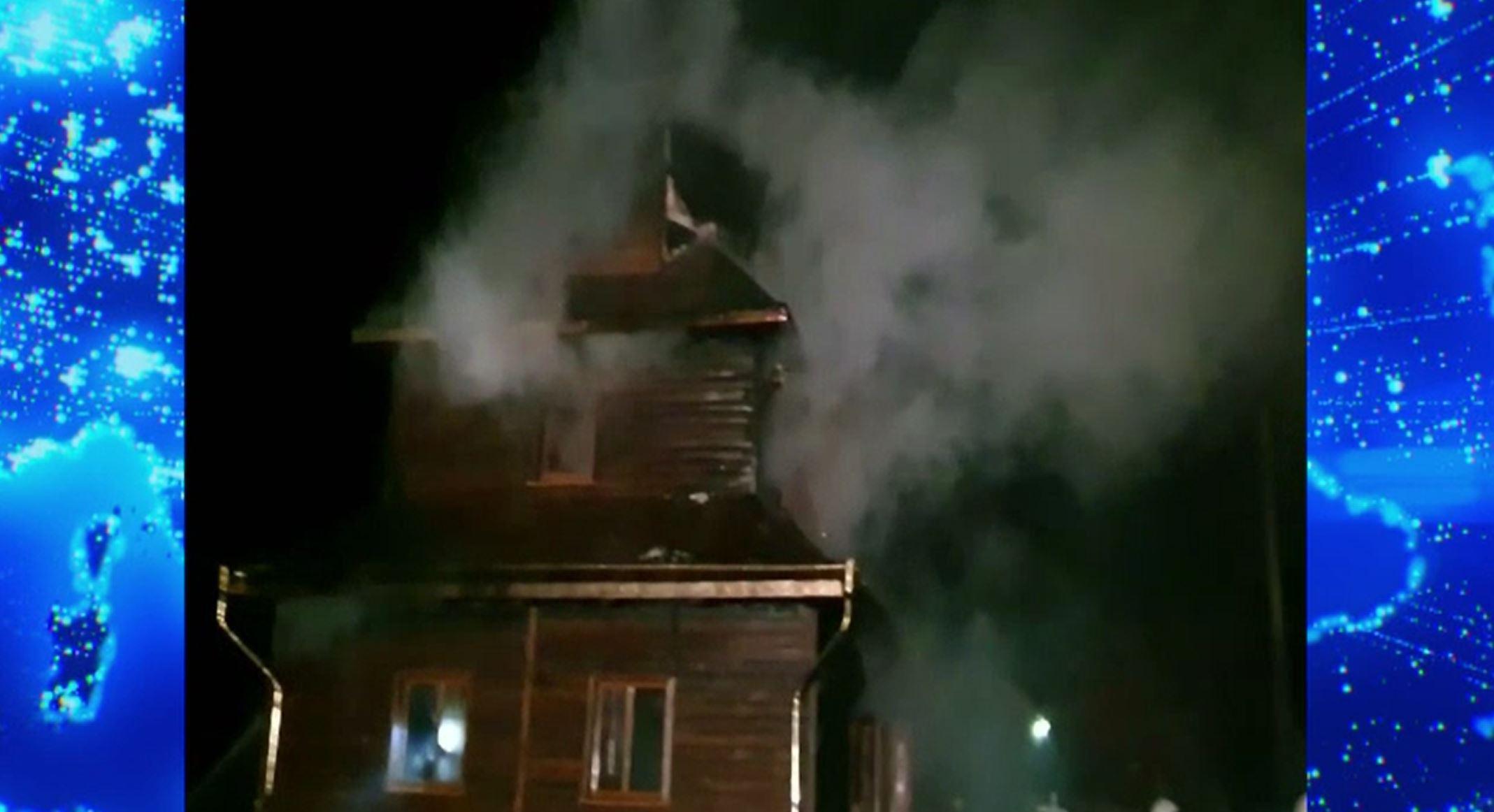Incendiu violent la o biserică din Suceava. Lăcașul de cult a fost mistuit de flăcări