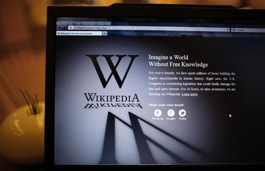 """Wikipedia, celebra enciclopedie online gratuită, împlinește 20 de ani. """"Un mic miracol"""" în epoca giganților pro-profit"""